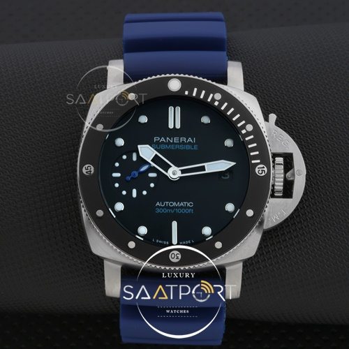 Panerai Luminor Submersible 42mm Rose Silver
